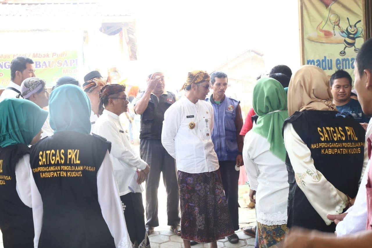 Wakil Bupati Kudus mengunjungi Pasar Piji Dawe
